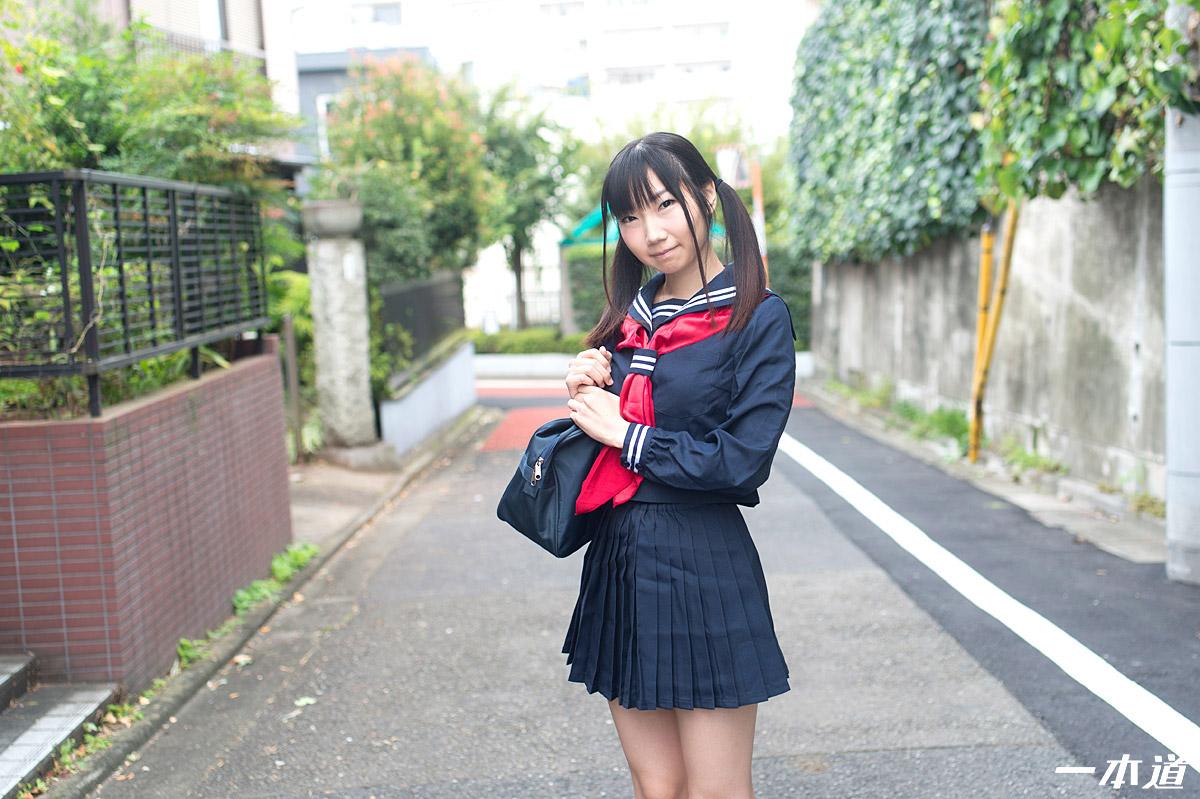 制服美女~今村加奈子が潮吹きイキまくり!~