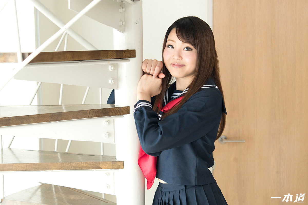 しばられたいの 〜笑顔の可愛い制服美女〜