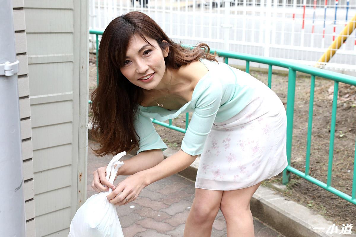 一本道・朝ゴミ出しする近所の遊び好きノーブラ奥さん 米倉のあ・米倉のあ・114568