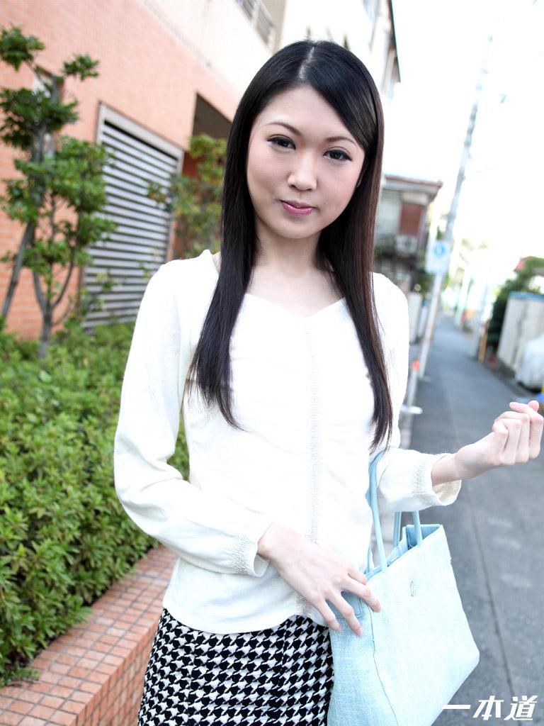 一本道・極細微乳な長身美女の感度チェック・相田瞳・72524