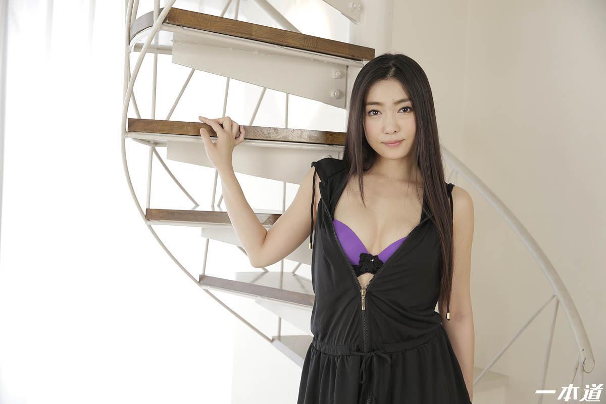 モデルコレクション マダム 江波りゅう